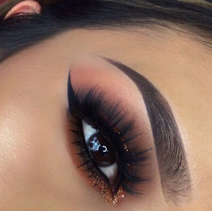 Makeup Red Smokey Eye 2734824 Weddbook