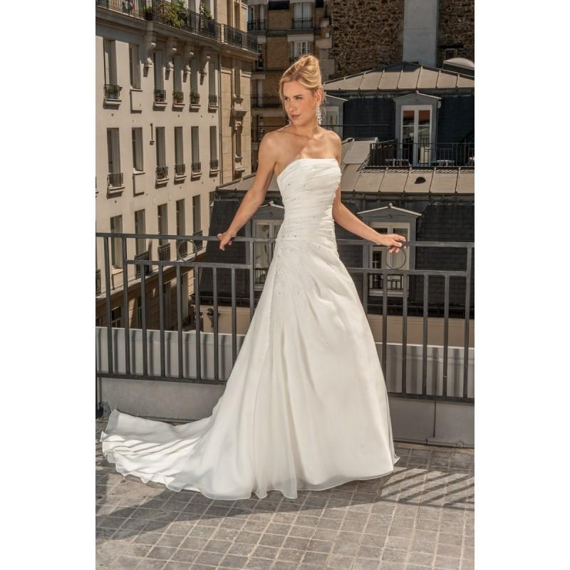 Wedding - Aurye Mariages, Madrague - Superbes robes de mariée pas cher