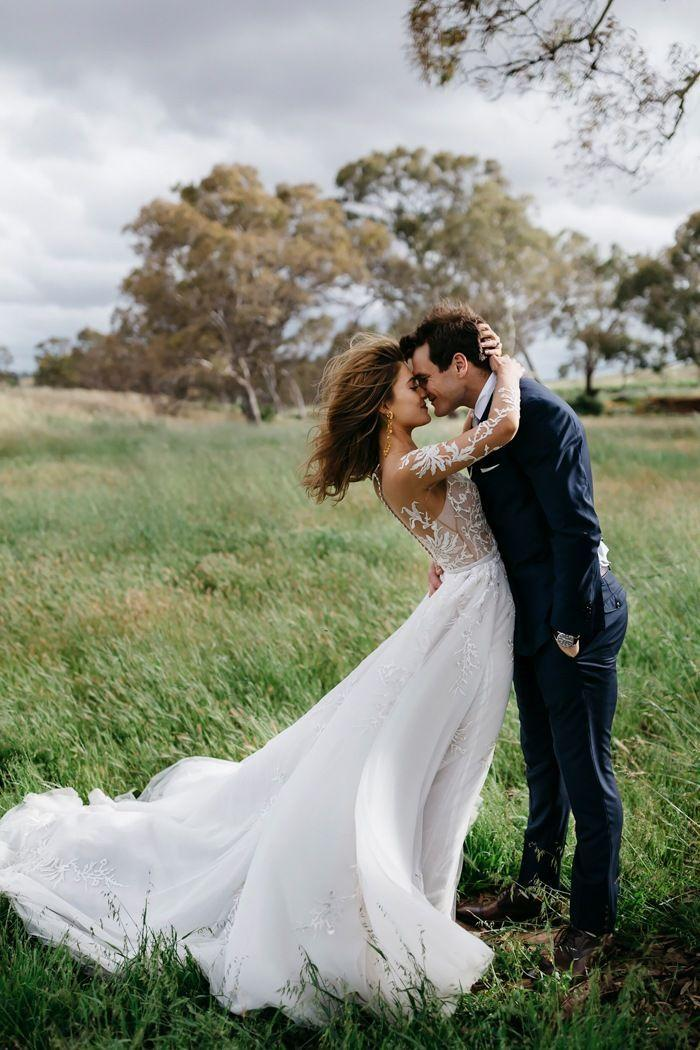 Wedding - 36 Photos That Prove Wind Is A Wedding Photographer's Best Friend