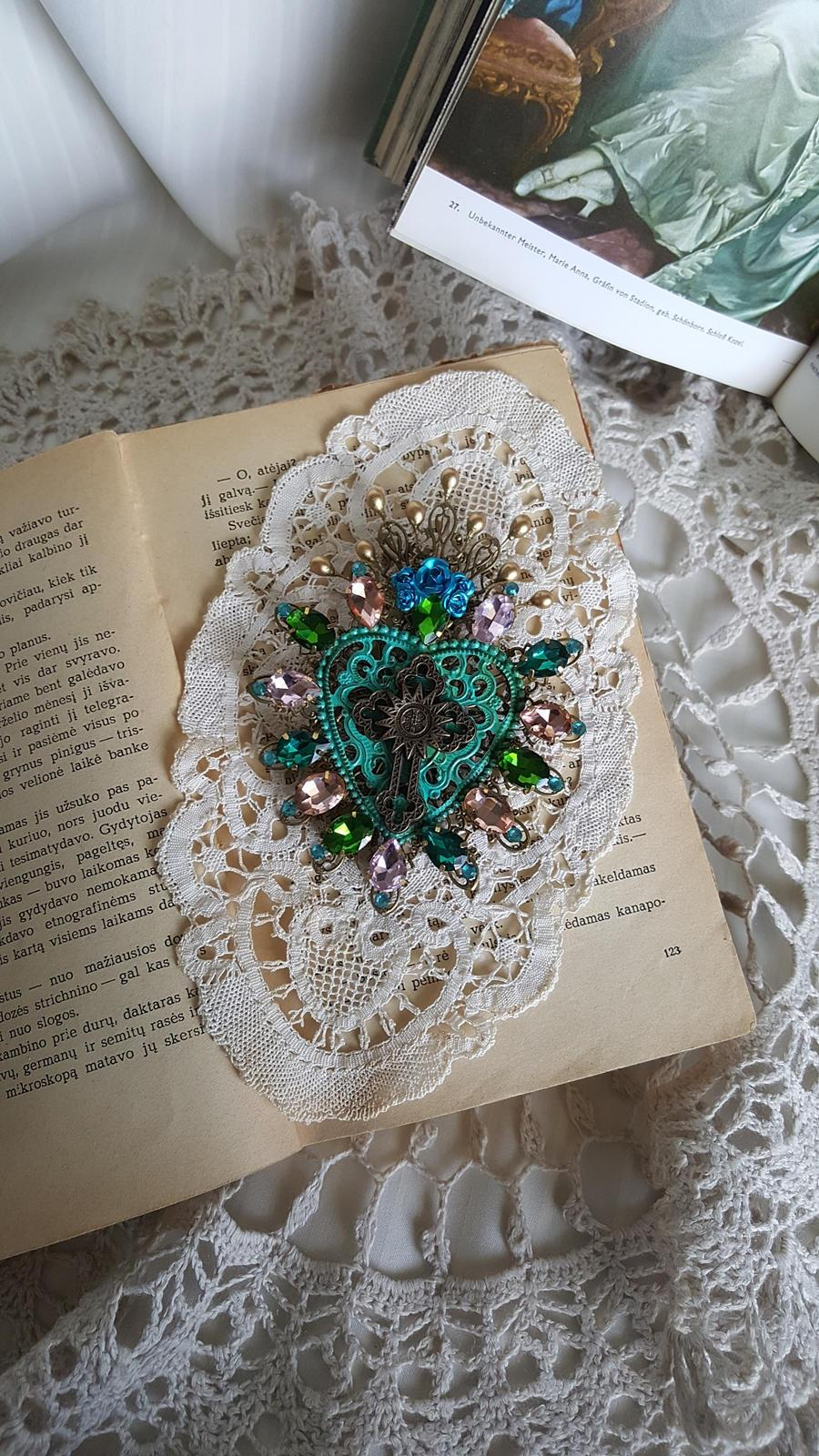 "Wedding - Sacre coeur brooch - sacred heart - ex voto jewelry - patina - mermaid - sea foam - baroque - ""The Heart of a Mermaid"""