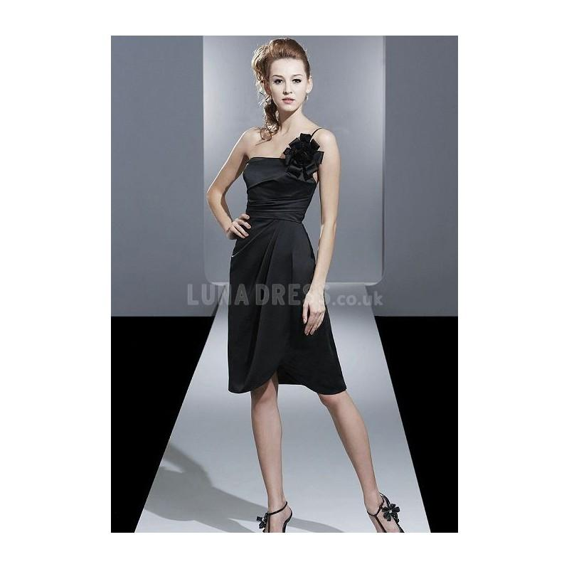 Hochzeit - Chic A line Satin Knee Length Natural Waist Maid of Honor Dress - Compelling Wedding Dresses