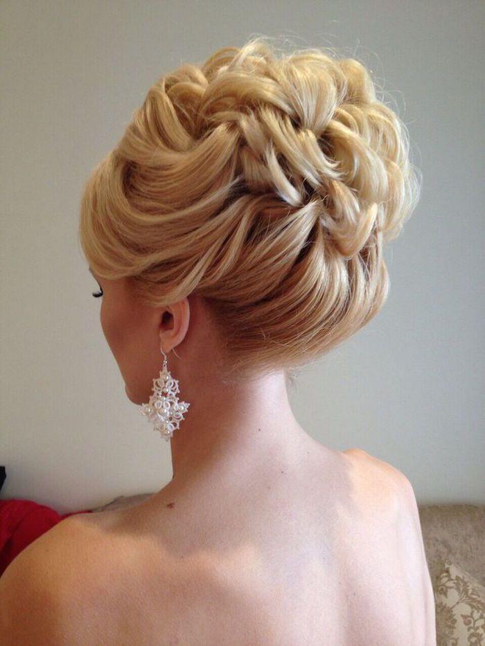 peinados recogidos para novias con accesorios simples pero bellos - Recogidos Novias