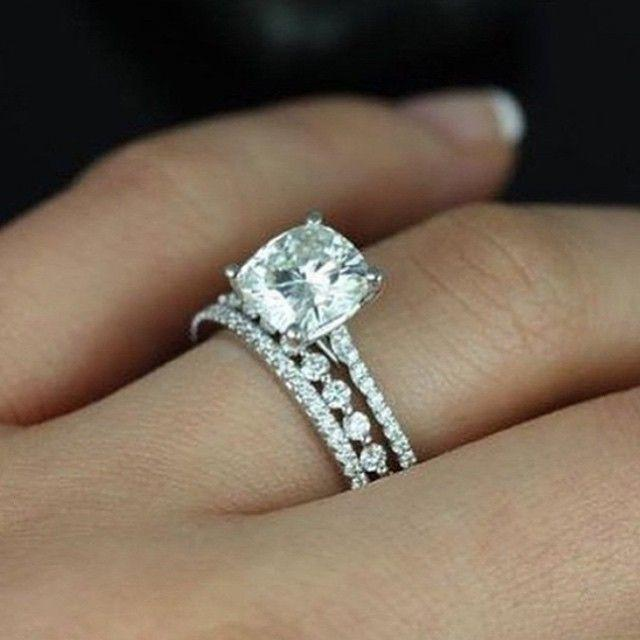 """Mariage - Steve Padis Jewelry On Instagram: """"We Are Loving The Mix And Match Stackable Band Trend! Check Out This Subtle Shared Prong Band Setting Off The Gorgeous Cushion Center Stone…"""""""