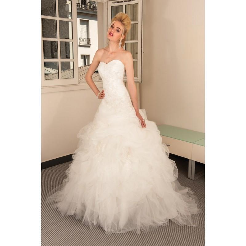 Mariage - Anita Jakobson, Brazilia - Superbes robes de mariée pas cher