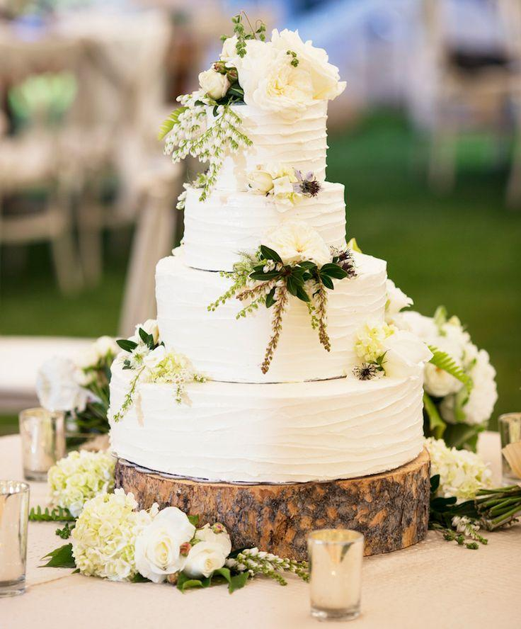 20 Ways To Decorate Your Wedding Cake With Fresh Flowers 2740090