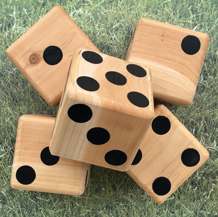 Hochzeit - Yard Dice, Yardzee, Outdoor game, large wood dice, tailgating, Giant dice, lawn Games, outdoor wedding, Camping games, Memorial Day
