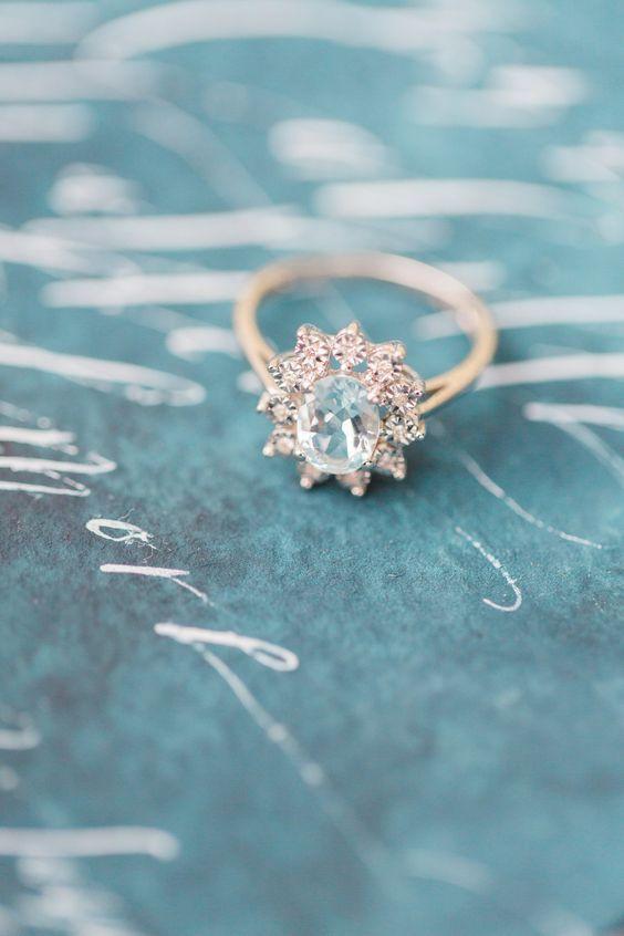 زفاف - WATCH: 100 Years Of Engagement Rings