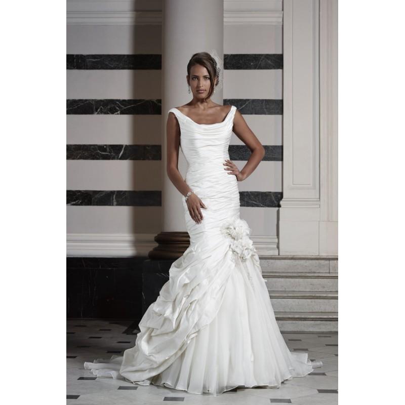 Свадьба - Ian Stuart Bride Azure -  Designer Wedding Dresses