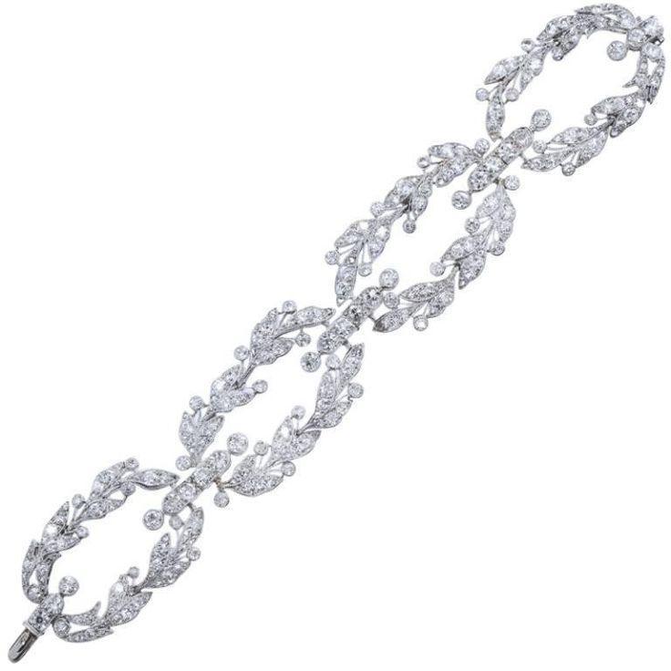 Hochzeit - CARTIER Paris Diamond Platinum Garland Bracelet