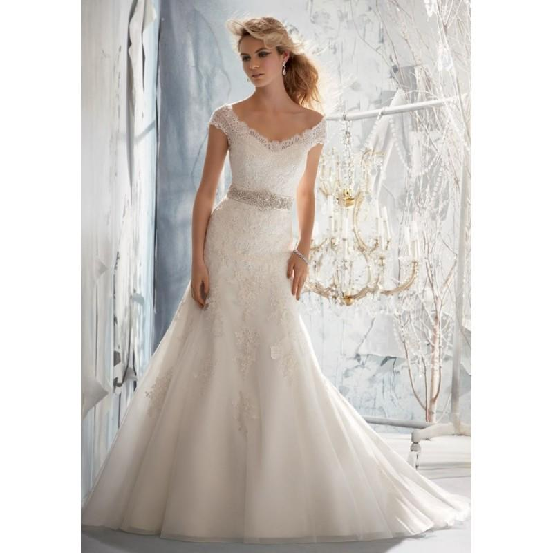 Свадьба - Mori Lee 1960 Lace Cap Sleeve Wedding Dress. In Stock. Size 10. - Crazy Sale Bridal Dresses