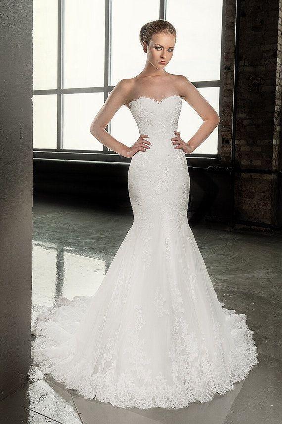 Wedding - Décolleté Wedding Dress.Sweet HeartTrumpet By AutumnSilkBridal