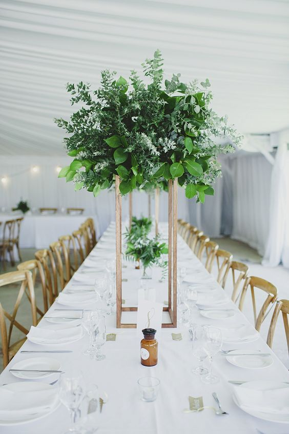 Boda - 2017 Wedding Trend: Greenery Wedding Color Ideas