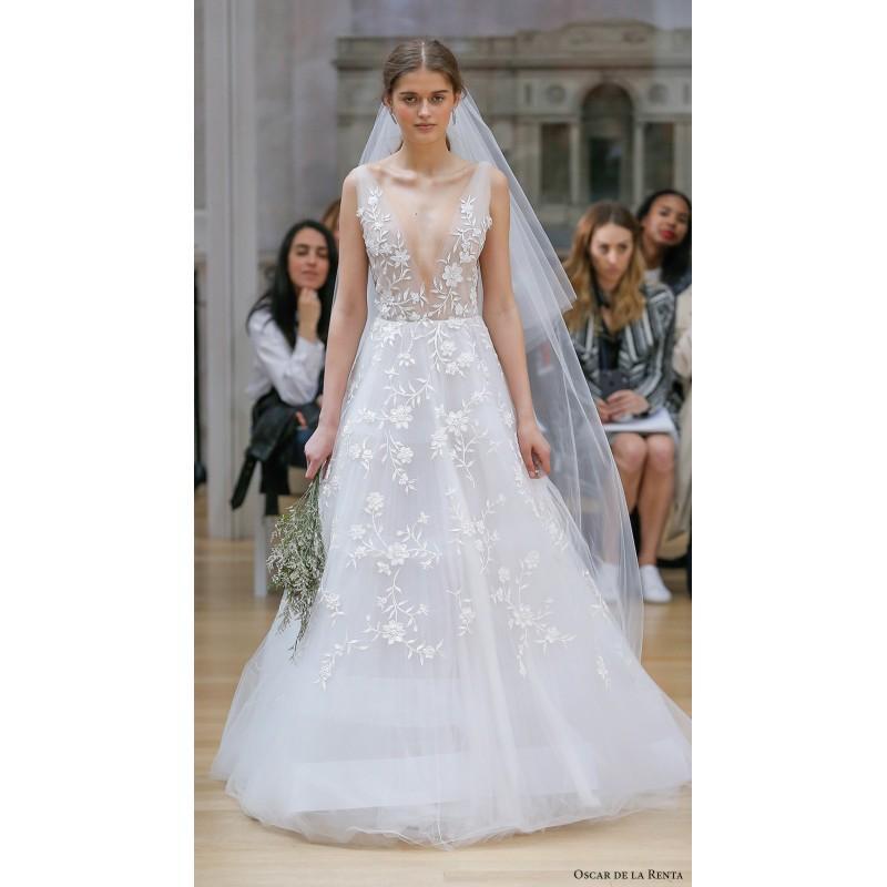 Mariage - Oscar de la Renta Spring/Summer 2018 LUVI Chapel Train Sweet White Sleeveless V-Neck Aline Tulle Embroidery Bridal Gown - granddressy.com
