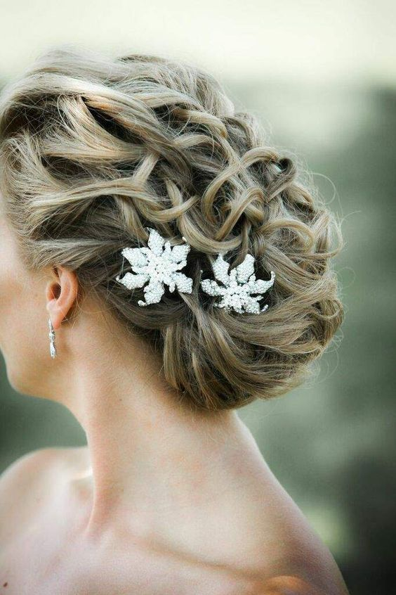 Mariage - Wedding Hairstyle Inspiration - Photo: Kelly Brown Weddings