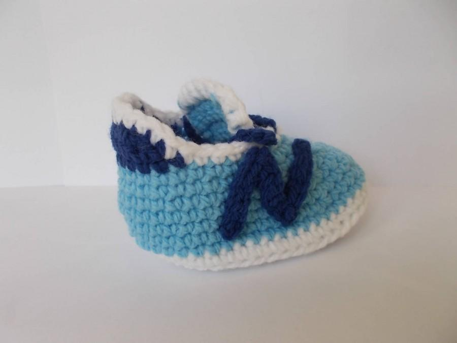 Mariage - CROCHET PATTERN, Baby pattern, Baby Shoes pattern, Crochet Baby Booties, New Balance 490v3, baby nike, Nike Shoes, Crochet Tennis Shoes,