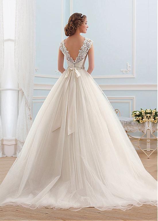 Hochzeit - [127.99] Junoesque Tulle Bateau Neckline Ball Gown Wedding Dress  - Dressilyme.com