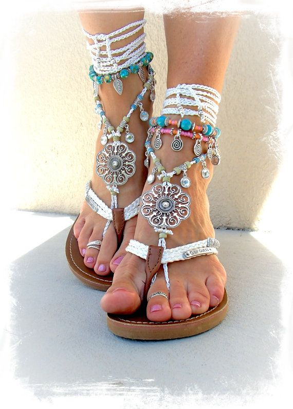 Mariage - Silver Swirl Mandala WEDDING BAREFOOT Sandals Toe Anklet Wrap Sandal WHITE Crochet Sandal Garden Wedding Summer Vacation Foot Jewelry GPyoga