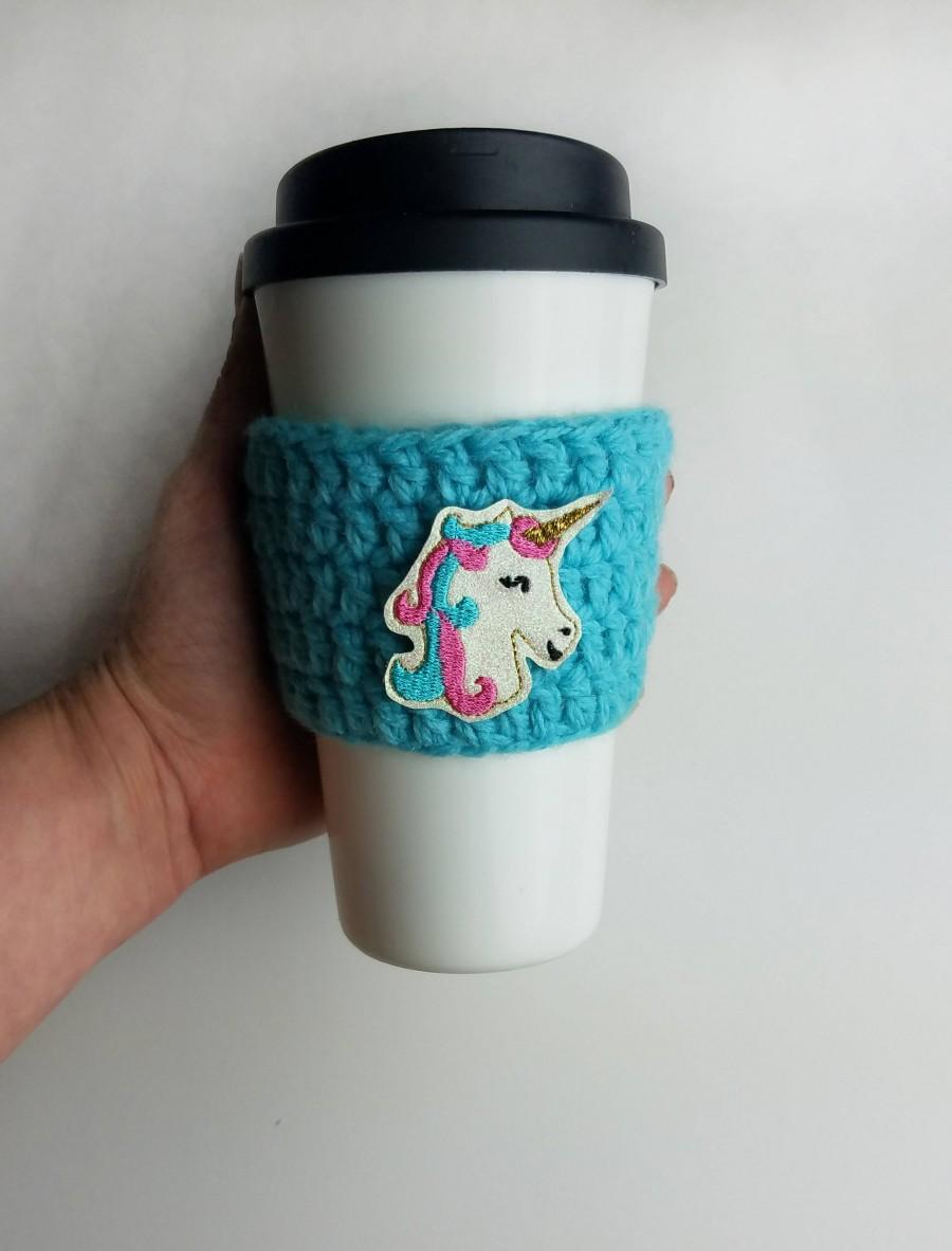Mariage - Unicorn Travel Mug Sleeve, Crochet Slip on Cup Cover, Administrator, Girl boss, Summer Birthday Gift For Wife Who Likes Coffee, Cozie