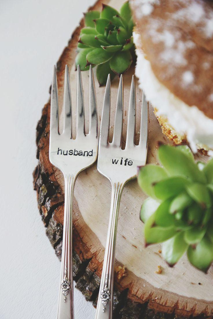 Hochzeit - Husband & Wife - Hand Stamped Vintage Wedding Cake Forks (Matching Set)