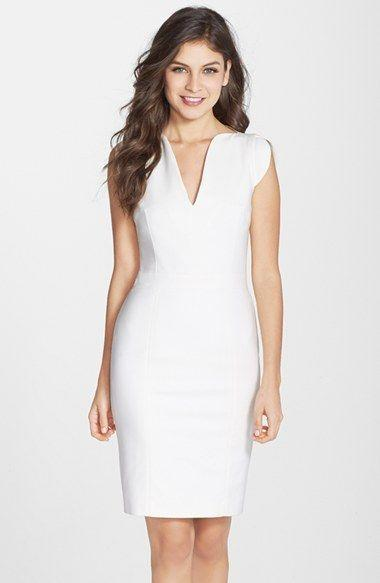 Düğün - French Connection 'Lolo' Split Neck Sheath Dress