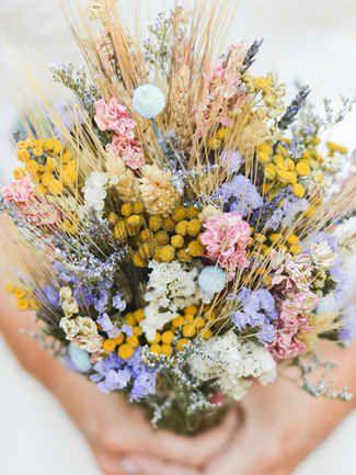 Wedding - 15 Standout Wildflower Bouquets