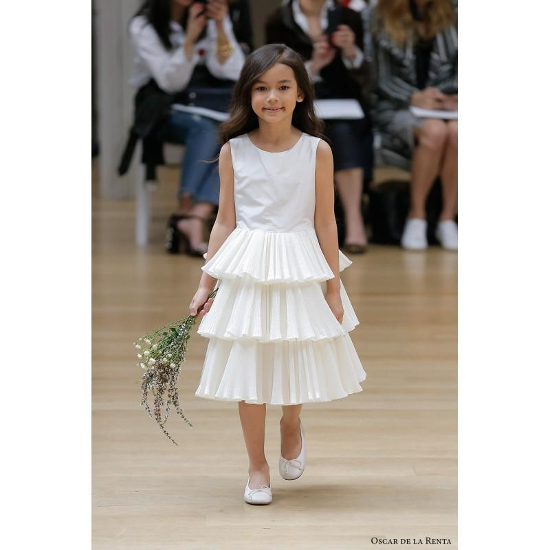 23a76c6e1fc Oscar de la Renta Spring Summer 2018 Ruffle Ivory Aline Satin Vogue Scoop  Neck Sleeveless Flowergirl Dress - Top Design Dress Online Shop
