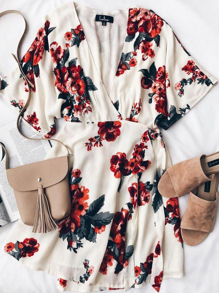 Düğün - Orchard Fresh Cream Floral Print Wrap Dress