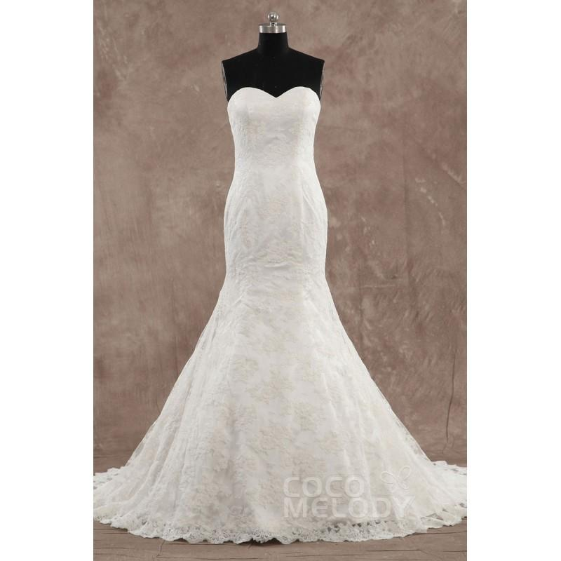 Mariage - Charming Trumpet-Mermaid Sweetheart Dropped Train Lace Ivory Sleeveless Zipper With Buttons Wedding Dress with Appliques LD3420 - Top Designer Wedding Online-Shop