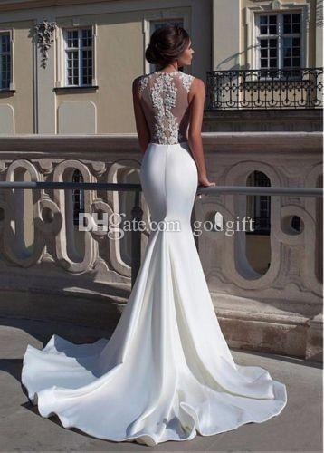 Hochzeit - 2015 Wedding Dresses Gorgeous Sexy Tulle And Satin Mermaid Wedding Dress Bridal Gown Free Shipping Wedding Gowns