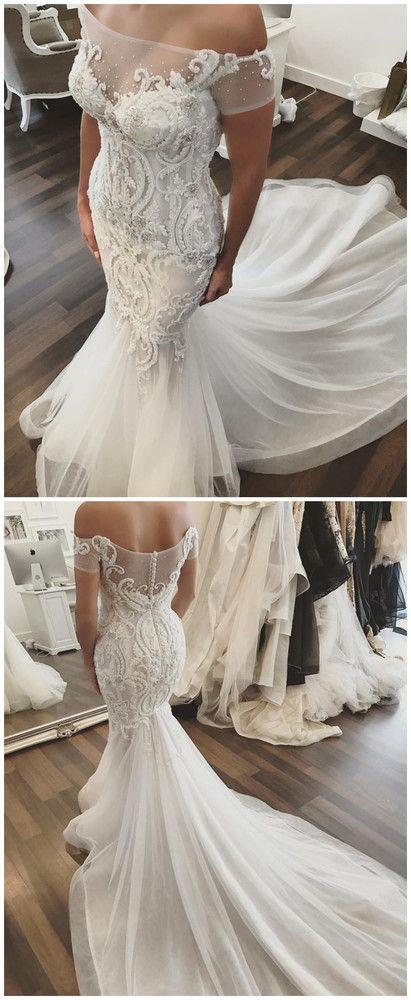 Mariage - Vintage Elegant Long Wedding Dress Deep V-Neck Half Sleeves See Through Back Court Train Vestido Branco Bridal Dress