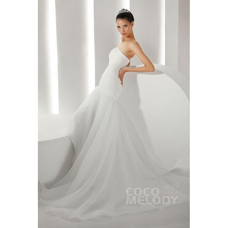 Свадьба - Sweet Trumpet-Mermaid Strapless Dropped Waist Court Train Organza Wedding Dress CWZT13013 - Top Designer Wedding Online-Shop