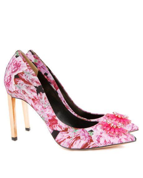 Hochzeit - Brooch Trim Court Shoe - Light Pink
