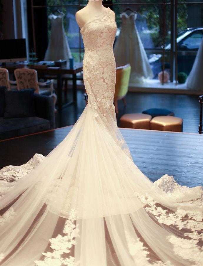 Mariage - One-shoulder Wedding Dress, Wedding