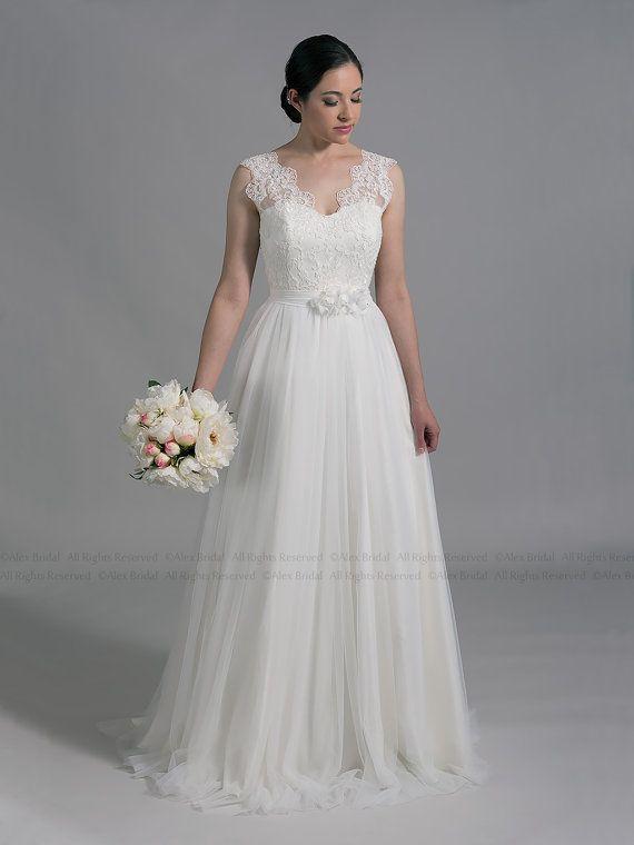 زفاف - Ivory Lace Wedding Dress, Sleevelss V-back Alencon Lace With Tulle Skirt