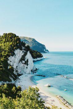 Hochzeit - Honeymoon Destinations - Friars Beach, Italy