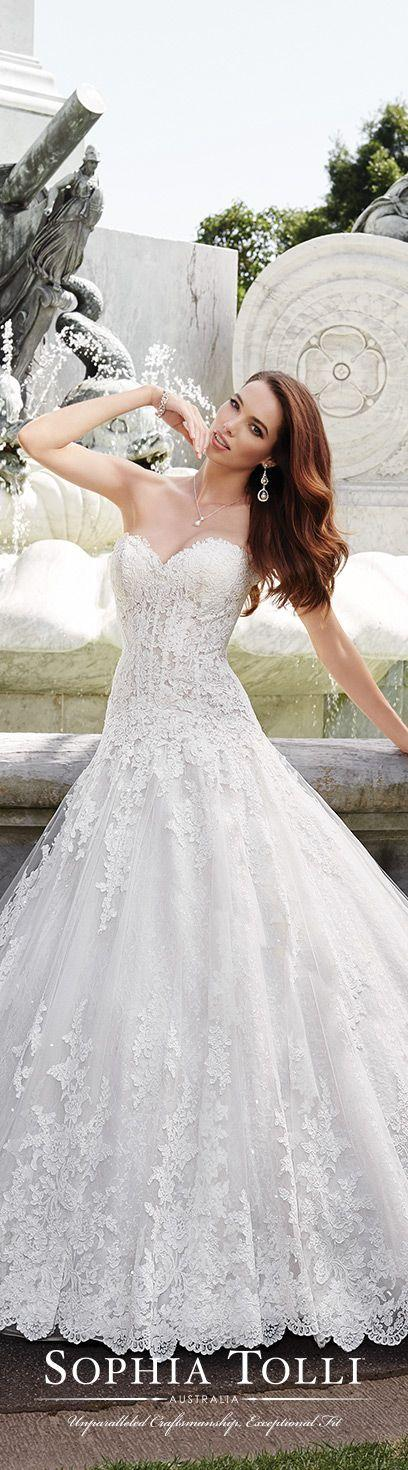 Boda - Tulle Wedding Gown - Sophia Tolli Y21658