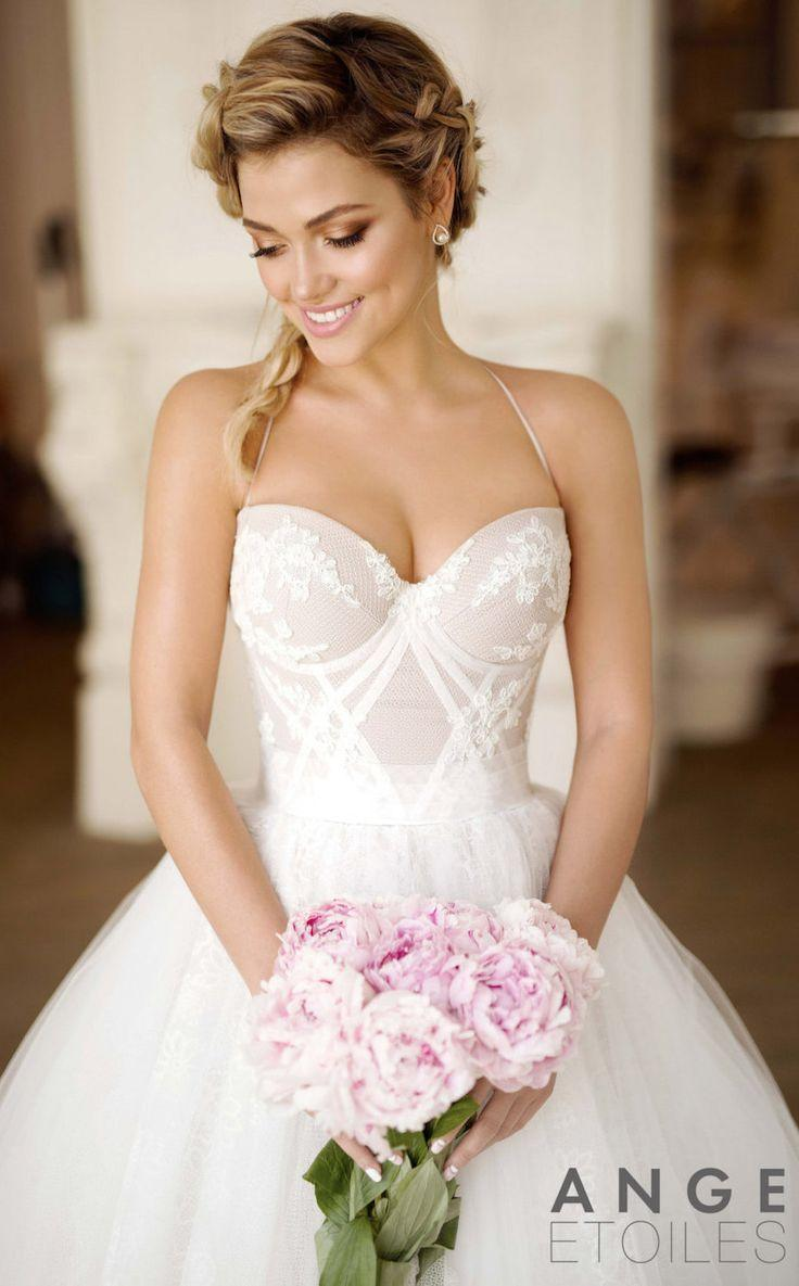 Mariage - 20 Fabulous Wedding Dresses You Can Buy On Etsy