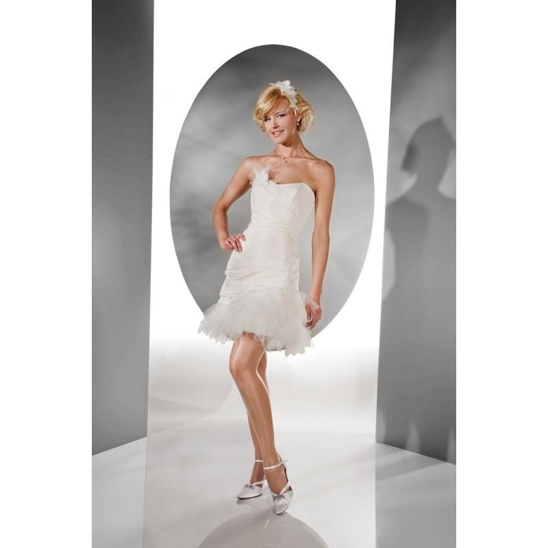 Wedding - Pia Benelli, Nenuphare ecrue - Superbes robes de mariée pas cher