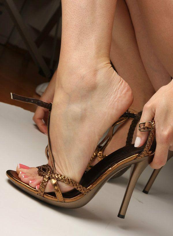 Shoe clerk with foot fetish videos