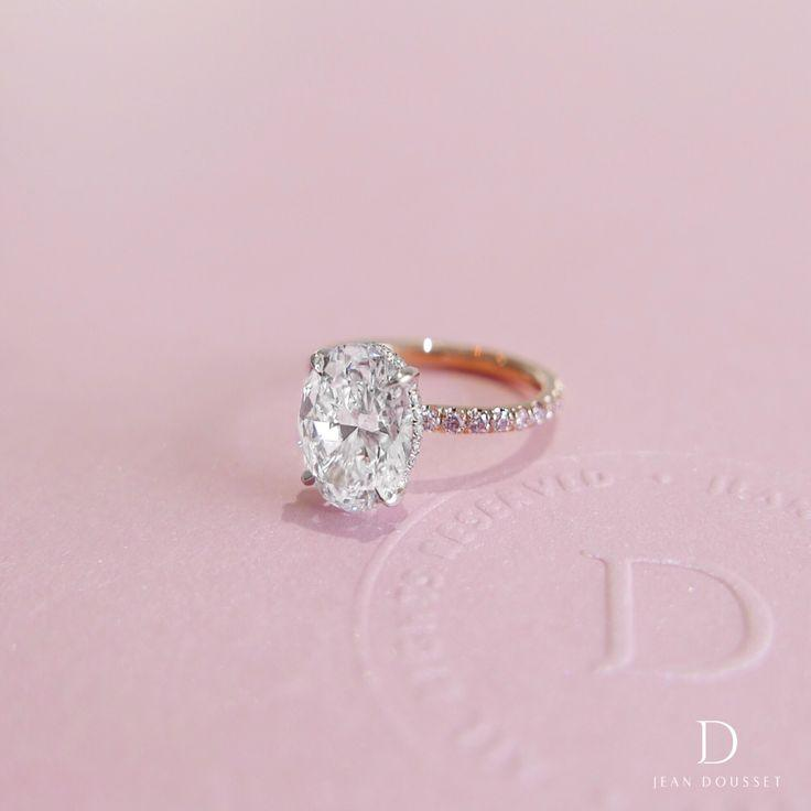Mariage - Oval Cut Diamond Engagement Rings
