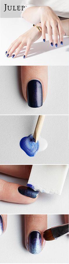 Boda - Blue Ombre Nails