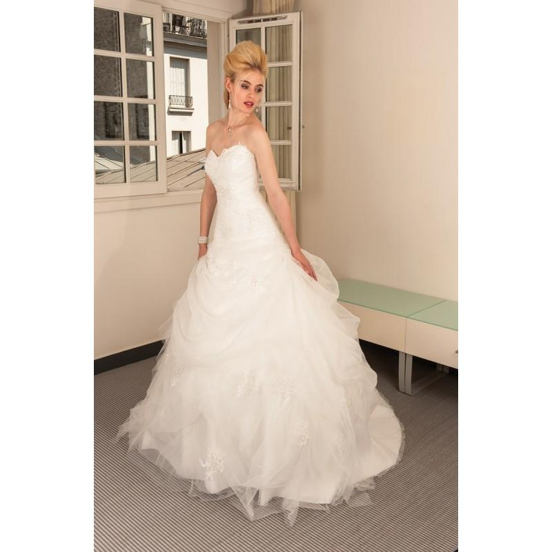 Hochzeit - Anita Jakobson, Chicago - Superbes robes de mariée pas cher