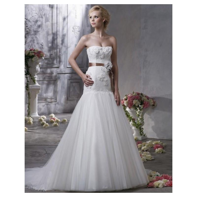 Mariage - 2017 Fabulous Looking Strapless Wedding Gown with Floral and Trumpet Train In Canada Wedding Dress Prices - dressosity.com