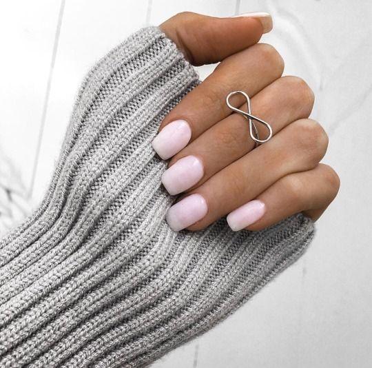 Boda - Baby Pink Nails