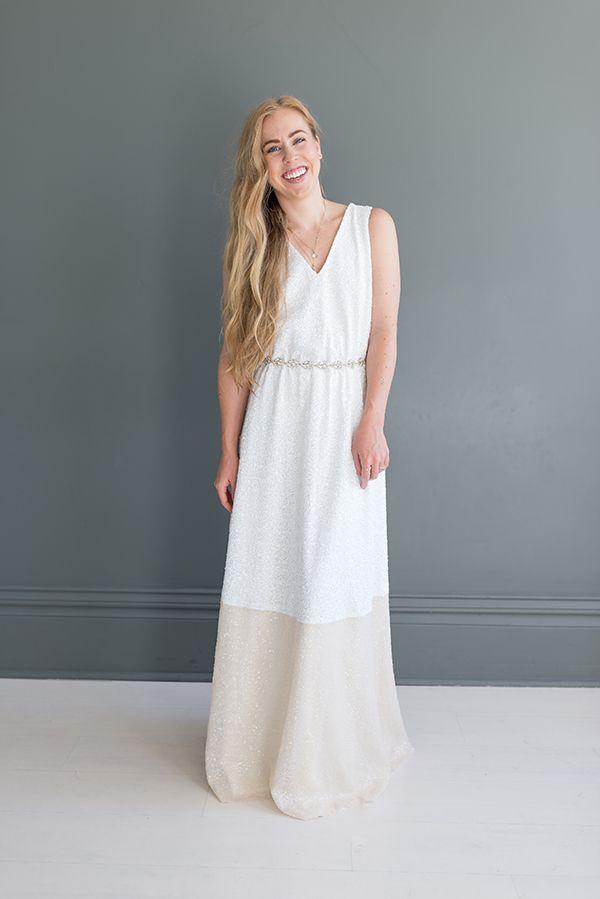 Hochzeit - Colorblock Wedding Gown