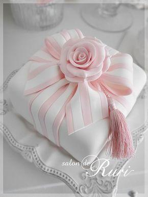 Wedding - Bow Cake