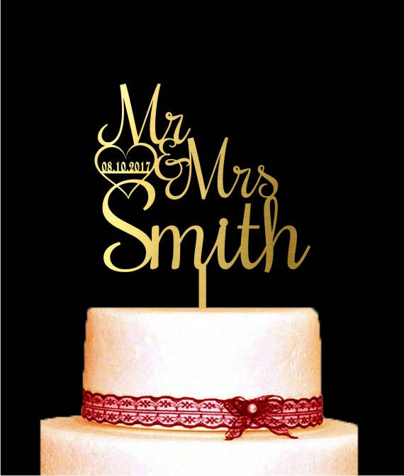 Hochzeit - Wedding Cake Topper Mr and Mrs with Personalized Last Name Custom Date, Cake Topper Gold, Heart, Unique Wedding Cake Topper for Wedding
