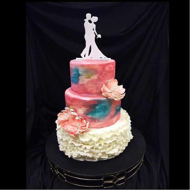 Hochzeit - MADE In USA, Silhouette Wedding Cake Topper Bride and Groom, Silhouette Wedding Cake Topper, Bride and Groom Cake Topper, People Topper