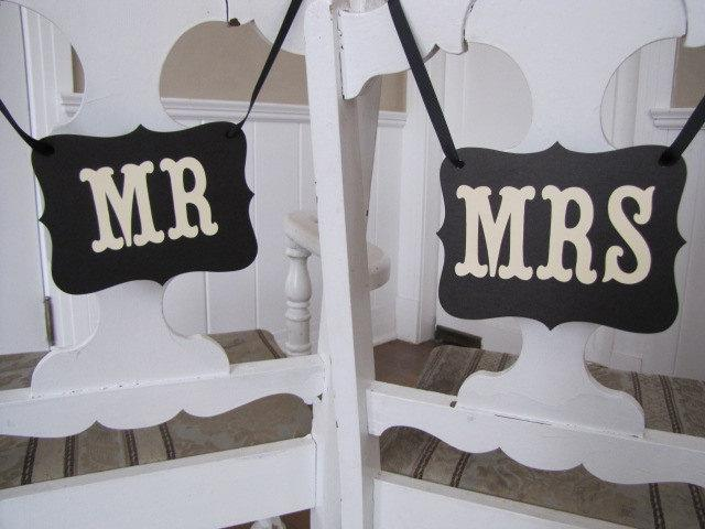 Mariage - MR and MRS Wedding Signs for Wedding Photos, Receptions, Chair Backers, Wedding Thank You Photos