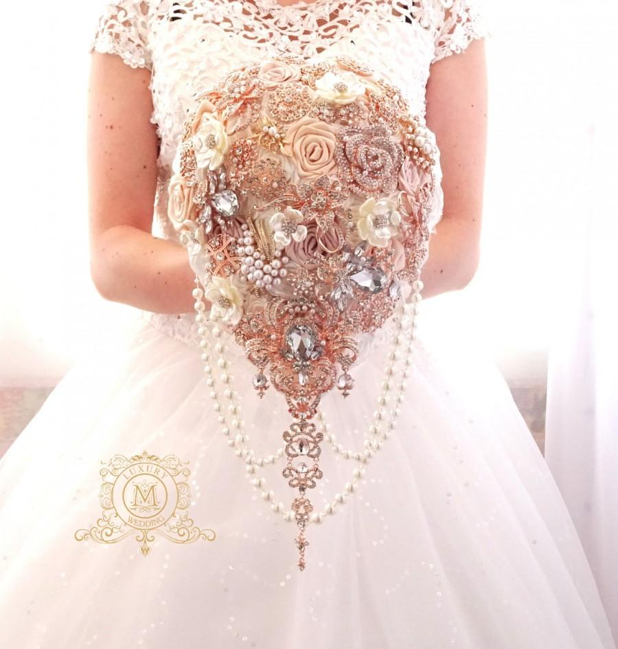 Mariage - Rose gold BROOCH BOUQUET.  blush, cream, champagne, ivory colours. Wedding bridal teardrop cascading bouquet.